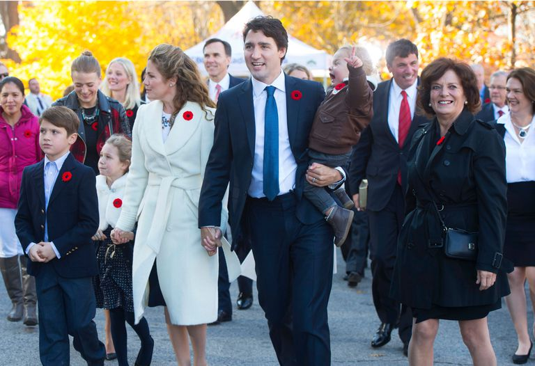 Justin Trudeau with his wife and mother, at an event in Ottawa, last 2015.