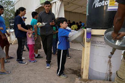 Venezolanos en el campamento de migrantes de Matamoros, en México, el 16 de 2020.