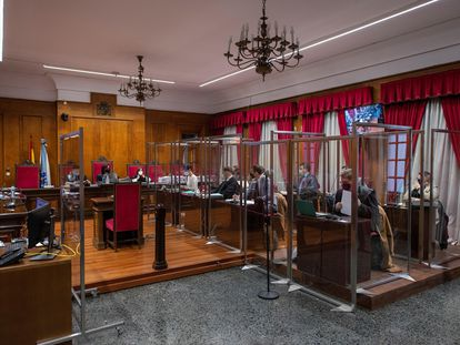 Primera sesión del juicio de la Operación Zamburiña en la Audiencia Provincial de Ourense. EFE/Brais Lorenzo POOL