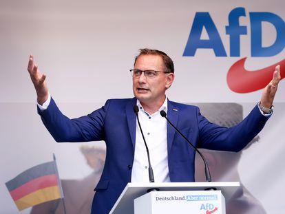El copresidente del partido Alternativa para Alemania (AfD), candidato a las próximas elecciones federales, Tino Chrupalla, durante el mitin de lanzamiento de la campaña electoral de su partido en Schwerin, el 10 de agosto de 2021.