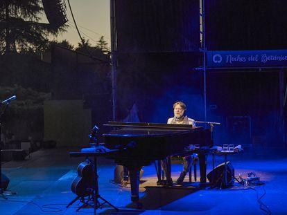 El neoyorquino Rufus Wainwright, en las 'Noches del Botánico' de Madrid.