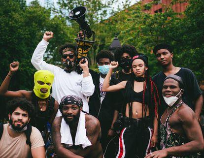 Los jóvenes que se han organizado con el objetivo de vencer la narrativa de la violencia y forzar cambios legislativos a golpe de protesta pacífica.