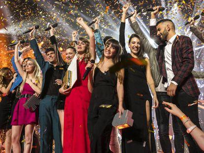 Los concursantes de Operación Triunfo 2017, en la gala final el 5 de febrero, en Barcelona.