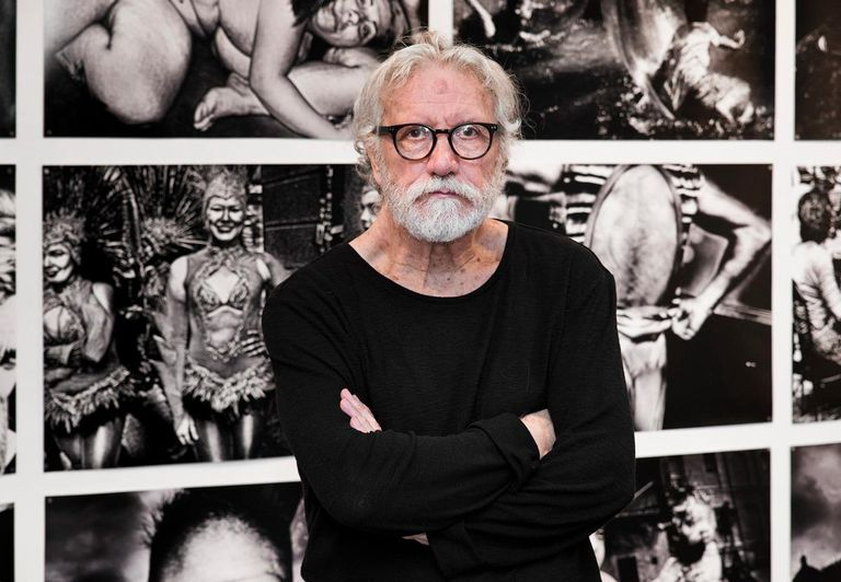 Photographer Miguel Oriola, in an exhibition of his work at the Gijón Meetings, in 2018.