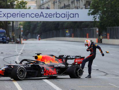 Verstappen, tras su accidente.