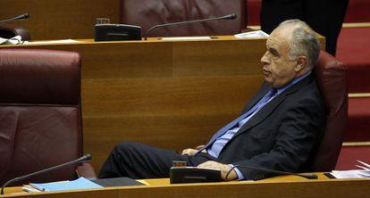 Rafael Blasco, en su escaño, en un reciente pleno de las Cortes Valencianas.