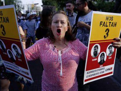 Miembros del Cartel Jalisco Nueva Generación confundieron a los alumnos con sus rivales en la región