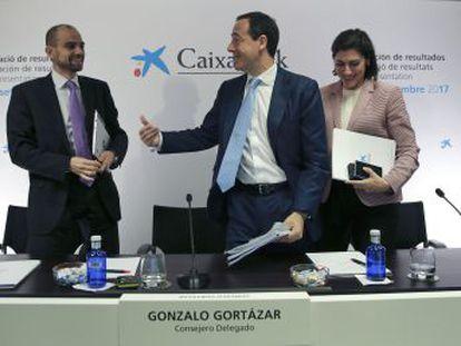 La entidad gana 1.488 millones de euros, el 53,4% más, tras un trimestre récord. Gortázar asegura que el traslado a Valencia  no tiene carácter de temporalidad