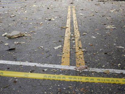 El estacionamiento del resutantre de pizza que explotó en el centro comercial South Florida.