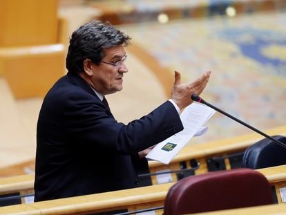 El ministro de Inclusión, Seguridad Social y Migraciones, José Luis Escrivá, durante una intervención en el Senado.