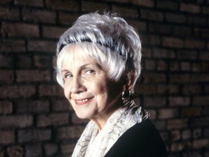 La escritora canadiense Alice Munro (Wingham, Ontario, 1931).