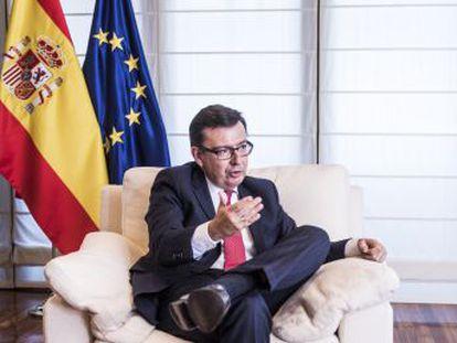 Escolano se convirtió en titular de Economía a principios de marzo. Su próximo reto  defender la propuesta de España para la reforma del euro que se debate en junio