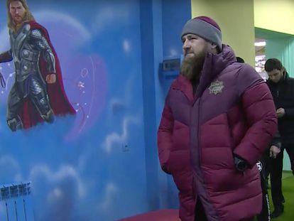 Captura de vídeo. Ramzán Kadírov en la inauguración de un centro infantil en la ciudad chechena de Kurchalov, este lunes.