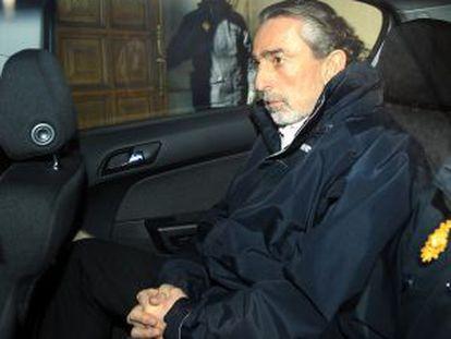 El presunto cabecilla de la trama Gürtel, Francisco Correa, a su salida del Tribunal Superior de Justicia de Madrid.
