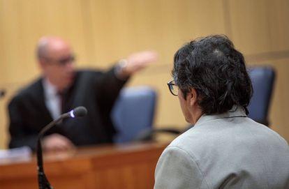 Luis Eduardo Ramírez, durante el primer juicio por abusar de una menor.