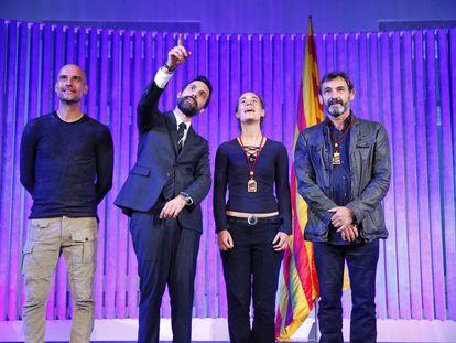 En la imagen, Pep Guardiola, Roger Torrent, Òscar Camps y Carola Rackete.
