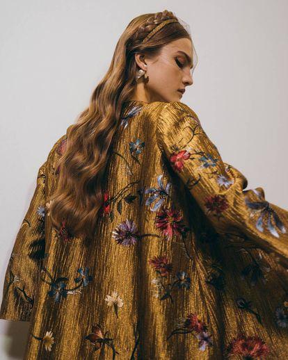 Modelo de Dior de la colección Alta Costura Primavera-Verano 2020.
