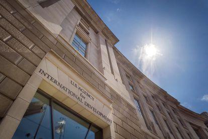 Frente a la sede de la Agencia de Ayuda Internacional (USAID), en Washington.