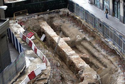 El hallazgo se aprecia con gran nitidez desde los edificios que rodean los trabajos.