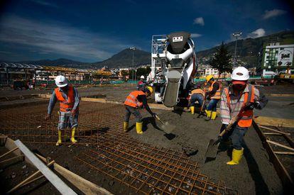 Trabajos en la ciudad de Quito, Ecuador.
