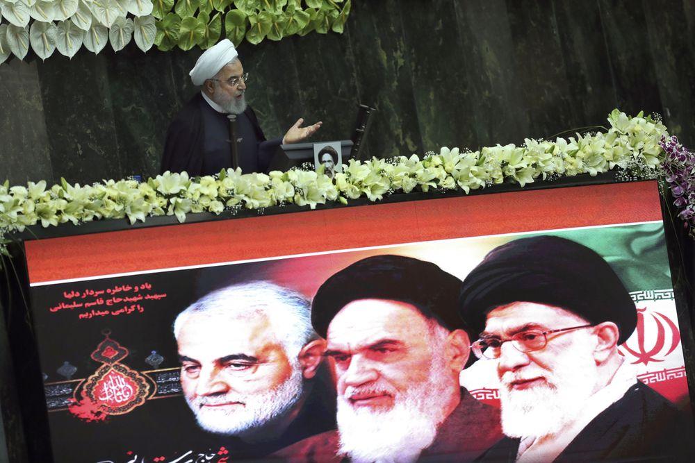 El presidente de Irán pide cooperación al nuevo Parlamento