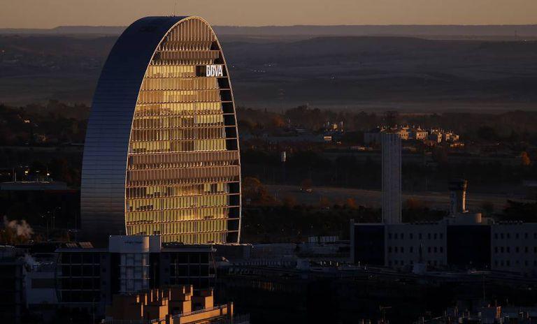 La fachada de la sede corporativa del BBVA, en una imagen de archivo.