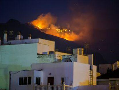 El presidente canario, Ángel Víctor Torres, afirma que los vecinos podrán regresar a sus casas en las próximas horas