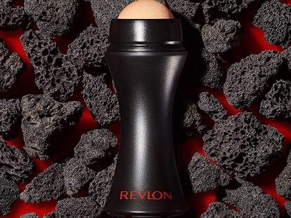 Este rodillo facial volcánico elimina el exceso de grasa de tu cara y la mantiene suave y tersa