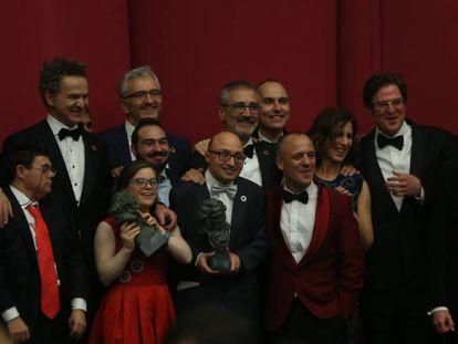 El equipo de 'Campeones', con el Goya a la mejor película.