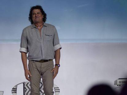 El cantante colombiano Carlos Vives, durante la sesión inaugural de Foromic en Barranquilla.