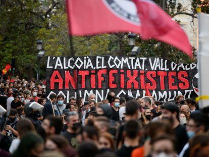 Un momento dela marcha antifascista de Valencia convocada por COS.