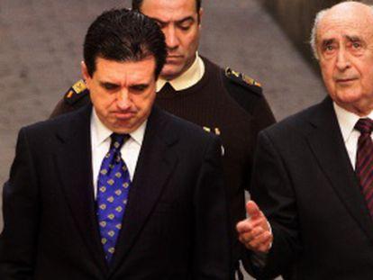 Jaume Matas, junto a su abogado el pasado 25 de marzo, antes de declarar por el 'caso Palma Arena'.