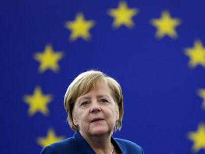 La canciller alemana defiende una política exterior y de defensa común que corone la integración política alcanzada en la UE