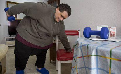Juan José, malagueño de 53 años que llegó a pesar 300 kilos, en Málaga.