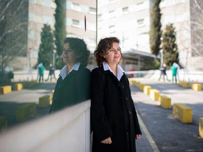 Victoria Moreno, auxiliar de enfermería en el hospital Gregorio Marañón, ha visto como sus síntomas de covid persistente remitían tras vacunarse.