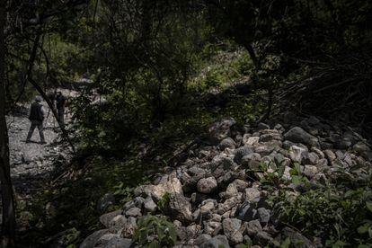 Este es el punto de la barranca en el que se encontró en 2019 el fragmento óseo que pertenecía al estudiante Christian Rodríguez.
