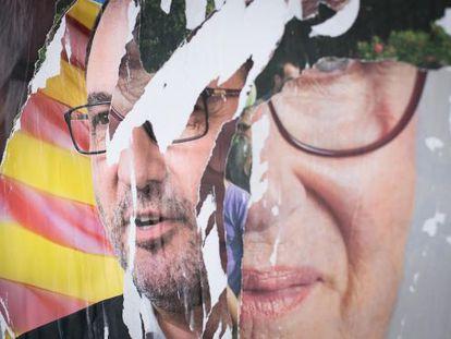 Carteles de las últimas elecciones autonómicas en Cataluña.