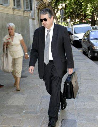 Joan María Pujals, a su llegada al juicio.