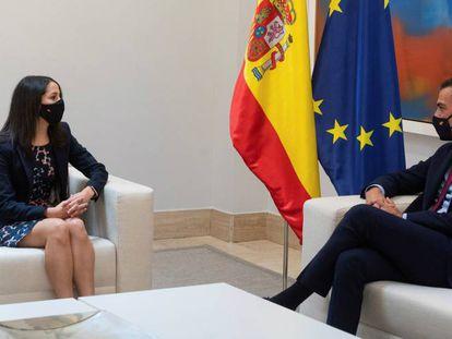 Inés Arrimadas y Pedro Sánchez, este miércoles en La Moncloa.