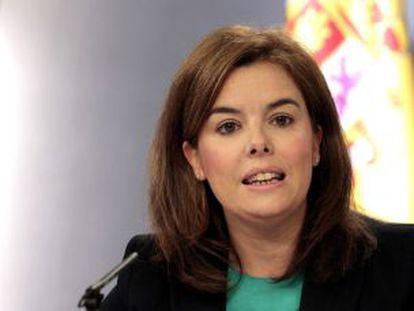 Soraya Sáenz de Santamaría hoy durante la rueda de prensa posterior al Consejo de Ministros.