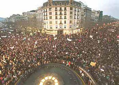 Aspecto de la manifestación de Barcelona, en la confluencia de la Gran Via de les Corts Catalanes con el paseo de Gràcia.