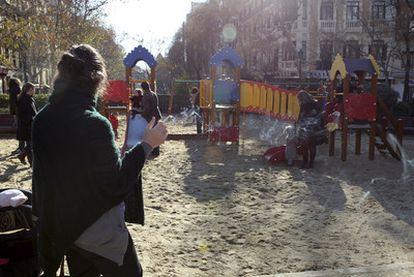 Con la nueva ley antitabaco los parques infantiles y zonas de juego se consideran también libres de humos.