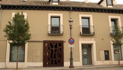Fachada del edificio municipal del Ayuntamiento de Aranjuez.