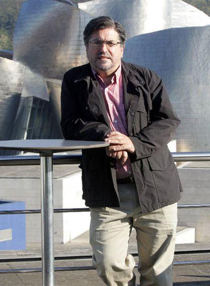 Jesús Eguiguren, en la terraza de un hotel próximo al Museo Guggenheim.
