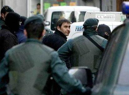 Agentes de la Guardia Civil han detenido al dirigente de Batasuna, Arnaldo Otegi