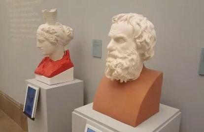 Dos bustos de escayola copiados en Herculano, en el siglo XVIII, con sendas restauraciones de impresión 3D.