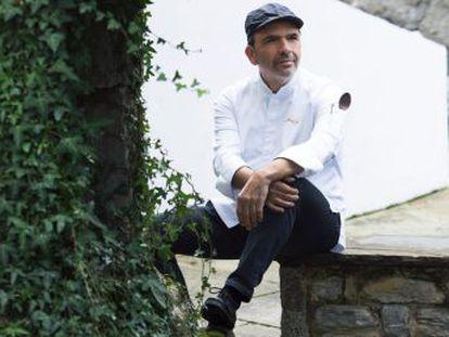 El restaurante del chef Jesús Sánchez logra la máxima calificación de España y Portugal y entra en la lista de triestrellados, que se mantiene en 11 pese al cierre de Dani García