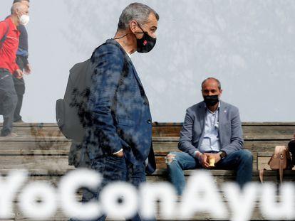 Toni Cantó, a su llegada a la presentación de la candidatura de la formación popular para las elecciones a la Asamblea de Madrid del próximo día 4 de mayo, el 31 de marzo.
