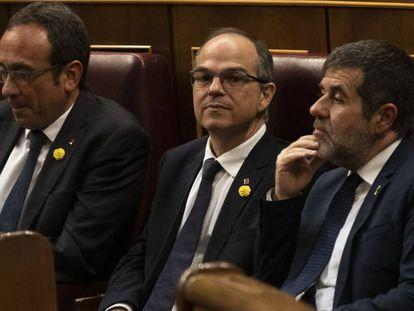 Josep Rull, Jordi Turull y Jordi Sànchez en la sesión constitutiva del Congreso de los Diputados este martes.