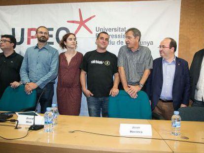 Los participantes, ayer, en el debate de la Universitat Progressita d'Estiu.